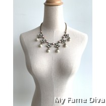 Pastel Pearl Beauty Necklace