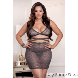 PLUS SIZE : Lacey Mesh in Bodycon