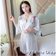 Victorias Oriental Beauty Satin Robe